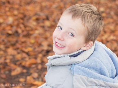 Portraits d'enfants, balade en forêt