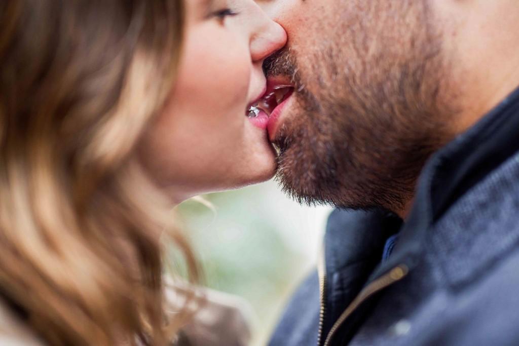 seance couple baiser coraline berrat